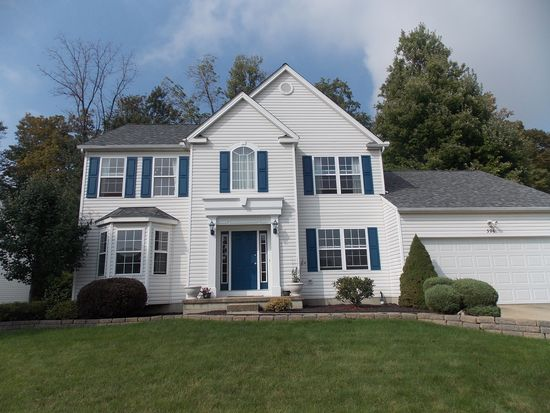 396 Treeview Dr, Wadsworth, OH 44281