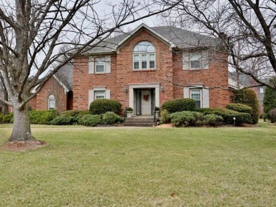 2706 Avenue Of The Woods, Louisville, KY 40241