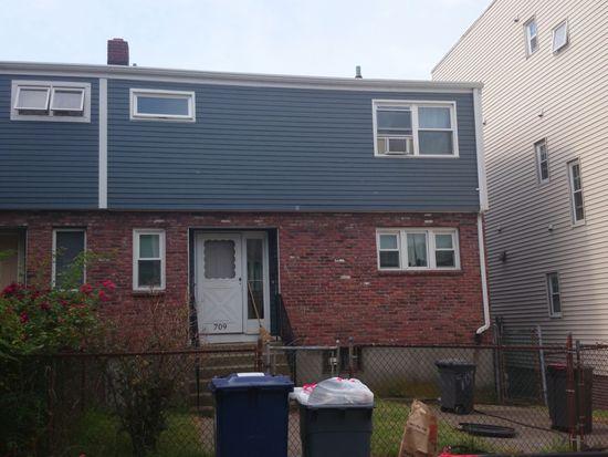 709 E 2nd St, South Boston, MA 02127