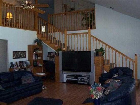 3151 Darwin Rd, West Terre Haute, IN 47885
