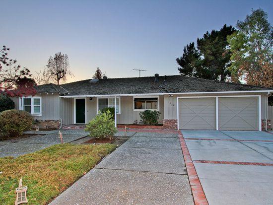 1613 Newcastle Dr, Los Altos, CA 94024