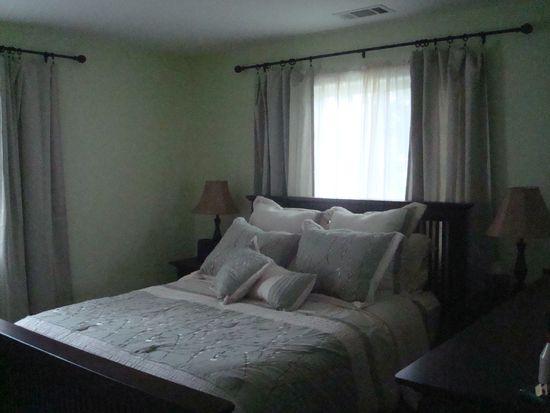 9804 Fairmont Ave, Manassas, VA 20109