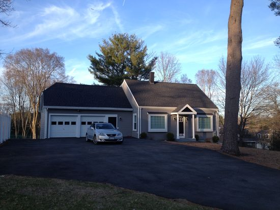 95 Russell St, Peabody, MA 01960