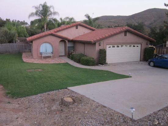 26195 Matlin Rd, Ramona, CA 92065