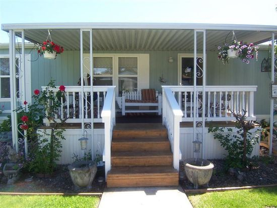 22071 Highway 62, Shady Cove, OR 97539