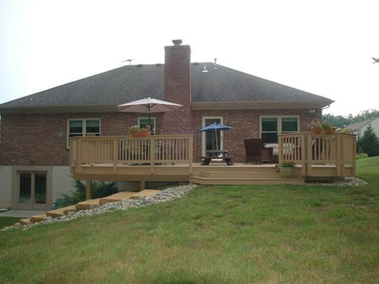 535 Aston View Ln, Cleves, OH 45002