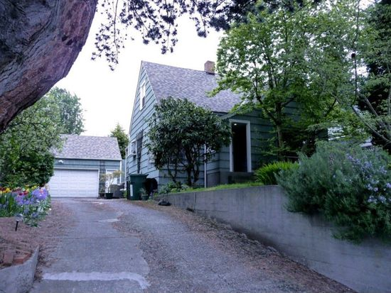 5540 Canfield Pl N, Seattle, WA 98103