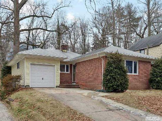 14 Oakwood Rd, Huntington, NY 11743