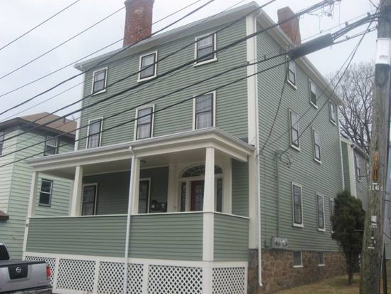 16 School St, Beverly, MA 01915
