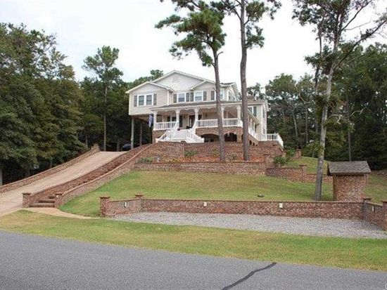 430 Colington Dr, Kill Devil Hills, NC 27948