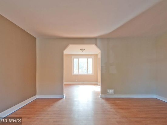 1033 Reverdy Rd, Baltimore, MD 21212