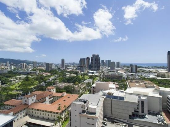 225 Queen St APT 24D, Honolulu, HI 96813