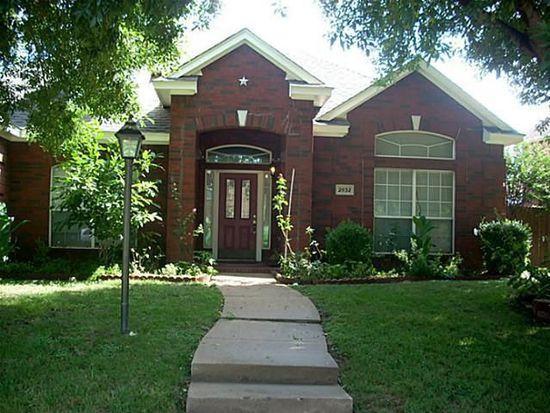 2932 Olympia Dr, Grand Prairie, TX 75052