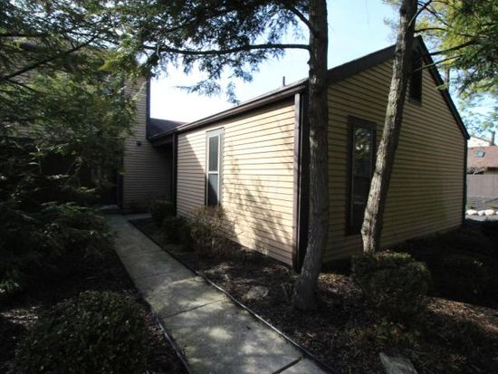 3151 Rivermill Dr, Columbus, OH 43220