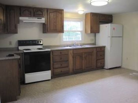1948 Forest Ave, Portland, ME 04103