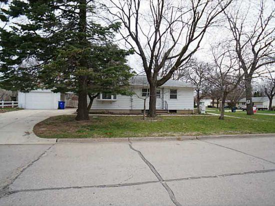 1441 Memorial Dr SE, Cedar Rapids, IA 52403