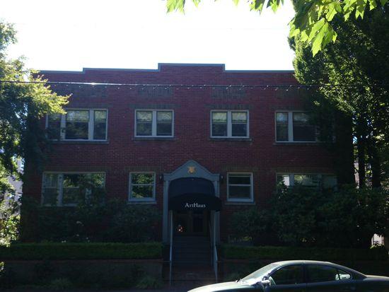 735 Federal Ave E APT 3, Seattle, WA 98102
