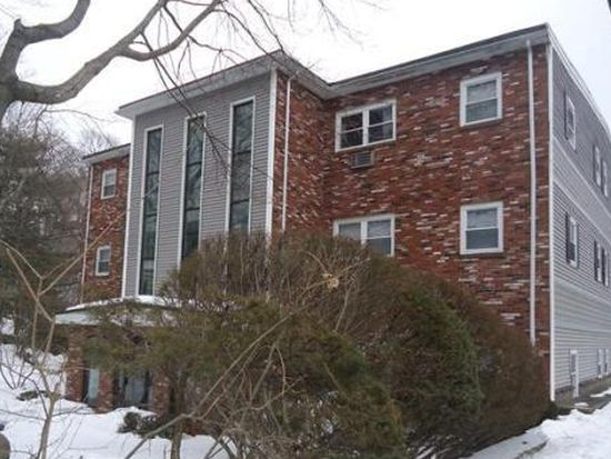 10 Beacon St APT 201, Woburn, MA 01801