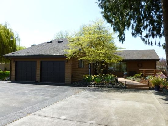 104 Creekside Dr, Sequim, WA 98382