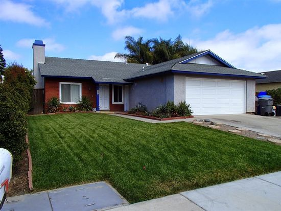 402 Coco Palms Dr, Oceanside, CA 92058
