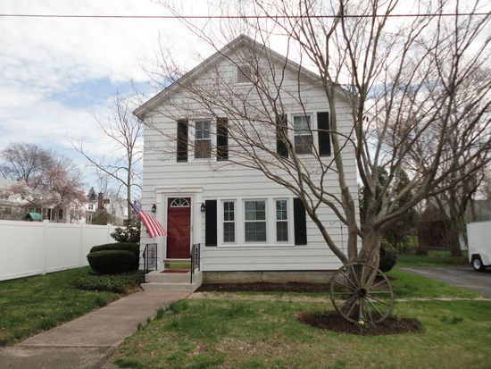 19 Arnold St, Middletown, CT 06457