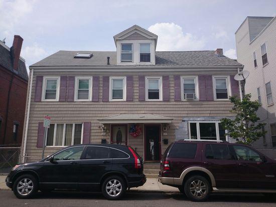 618 E 7th St, South Boston, MA 02127