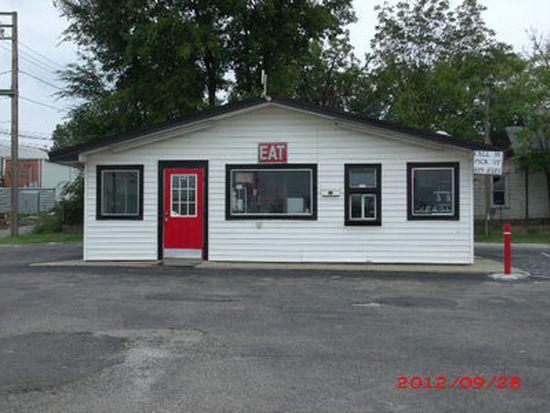 216 E Main St, Holdenville, OK 74848
