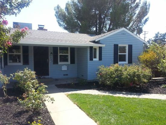 2320 Carlsbad Ave, Sacramento, CA 95821