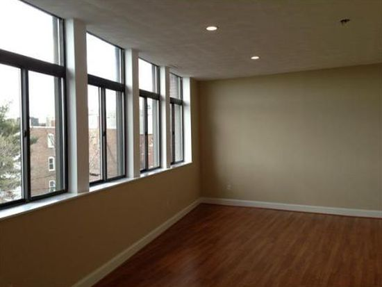48 Frankfort St #15, East Boston, MA 02128
