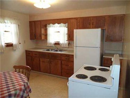 9111 Dogwood St, Westmoreland City, PA 15692