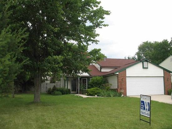 1206 Blue Jay Dr, Greentown, IN 46936
