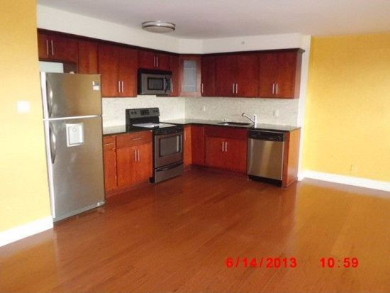 60 Parkway Dr E APT 9B, East Orange, NJ 07017