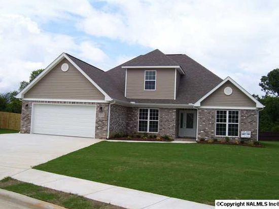 3703 Hatfield Cv SW, Decatur, AL 35603