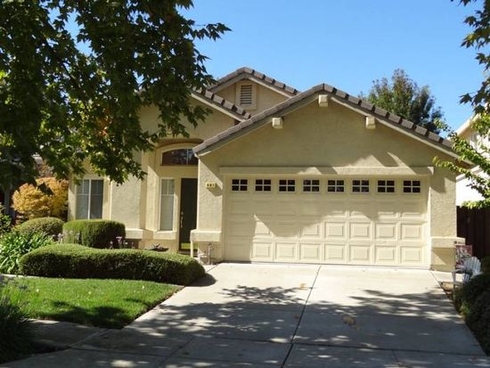 441 Apple Hill Dr, Brentwood, CA 94513