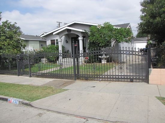 211 E 80th St, Los Angeles, CA 90003