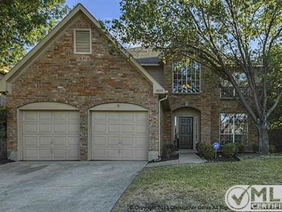 1825 Brook Ln, Flower Mound, TX 75028