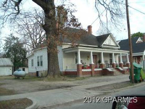 104 Williams St, Williamston, NC 27892