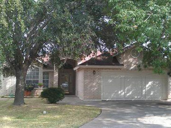 1401 Hawk Ridge Ct, Laredo, TX 78045