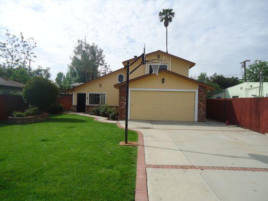22148 Schoolcraft St, Canoga Park, CA 91303