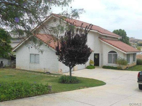 14065 Moonridge Dr, Riverside, CA 92503