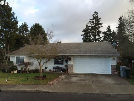 1304 S Birch Ct, Canby, OR 97013