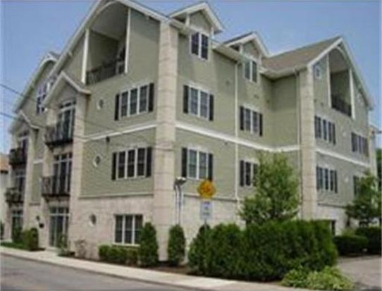 163 Rumford Ave APT 104, Mansfield, MA 02048