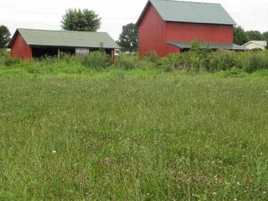 277 Mundell Ests, Heltonville, IN 47436