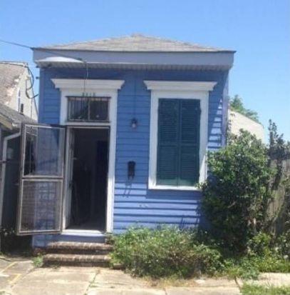 3915 Constance St, New Orleans, LA 70115