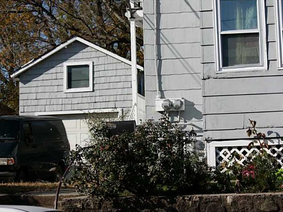 192 Dulude Ave, Woonsocket, RI 02895
