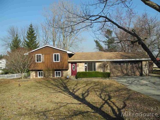 3881 Rohr Rd, Lake Orion, MI 48359