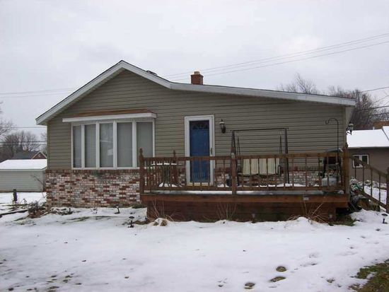 1009 Wyoming Ave, Erie, PA 16505