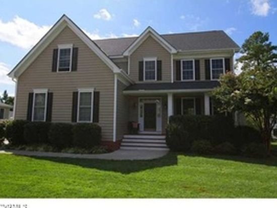 5718 Trail Ride Dr, Moseley, VA 23120