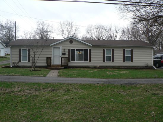 504 W High St, Pendleton, IN 46064