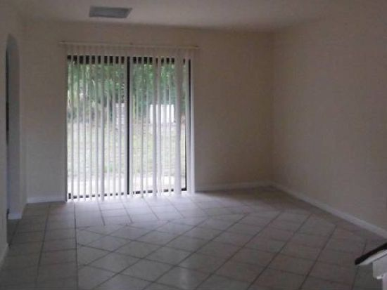 17495 Ellie Dr, Fort Myers, FL 33967